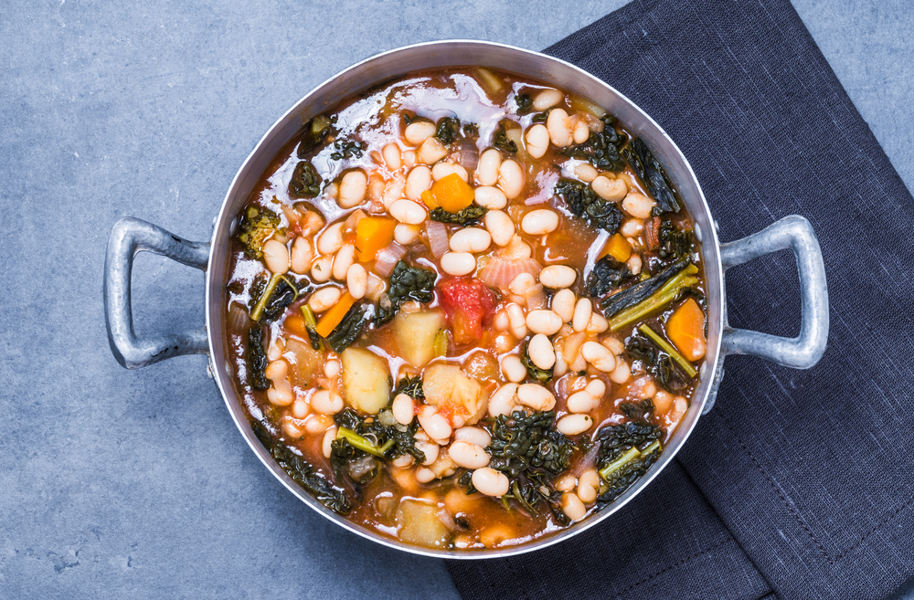 Cannelloni beans, barley and kale stew